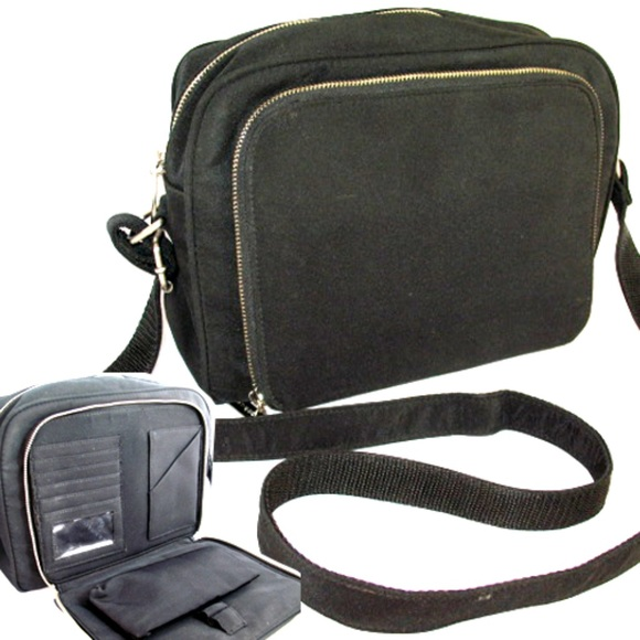 d28ae9cc097 G.H. Bass & Co. Bags | Gh Bass Co Black Shoulder Messenger Bag Purse ...